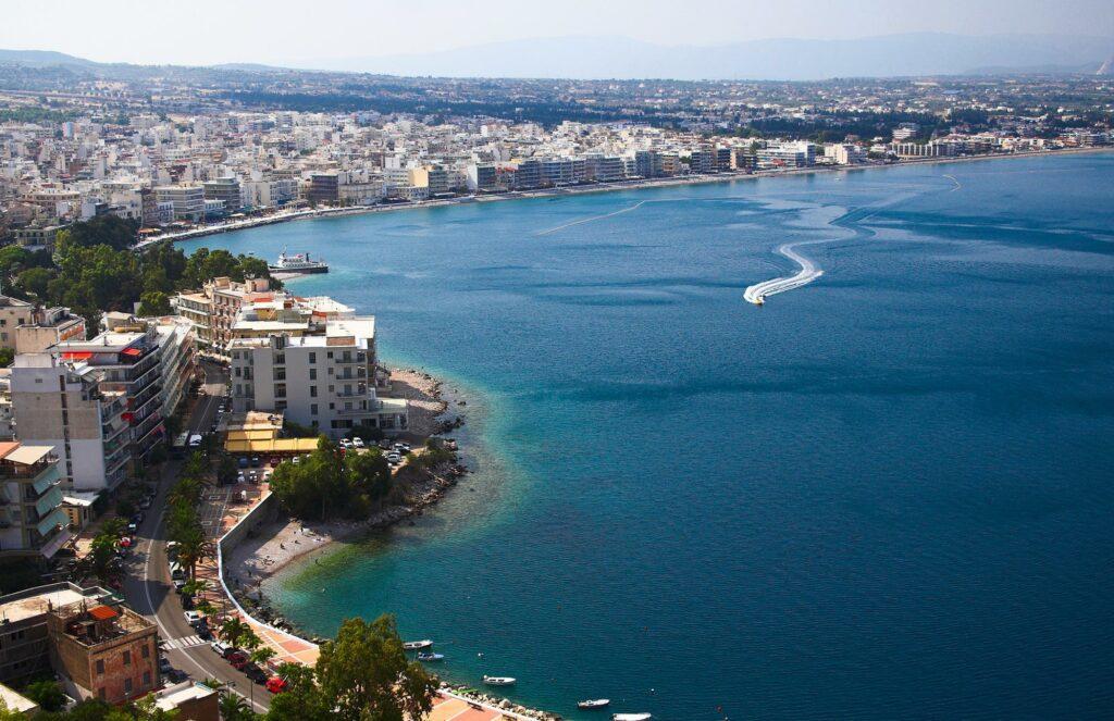 Loutraki Peloponnese - Vis Travel