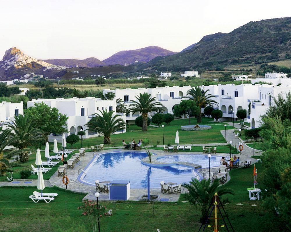Skyros Palace 1000x800 1 - Vis Travel