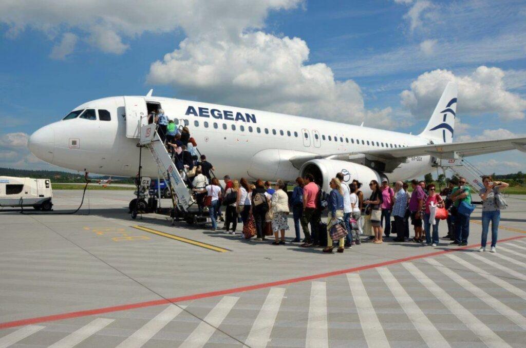 aefegaaaaaa - Vis Travel